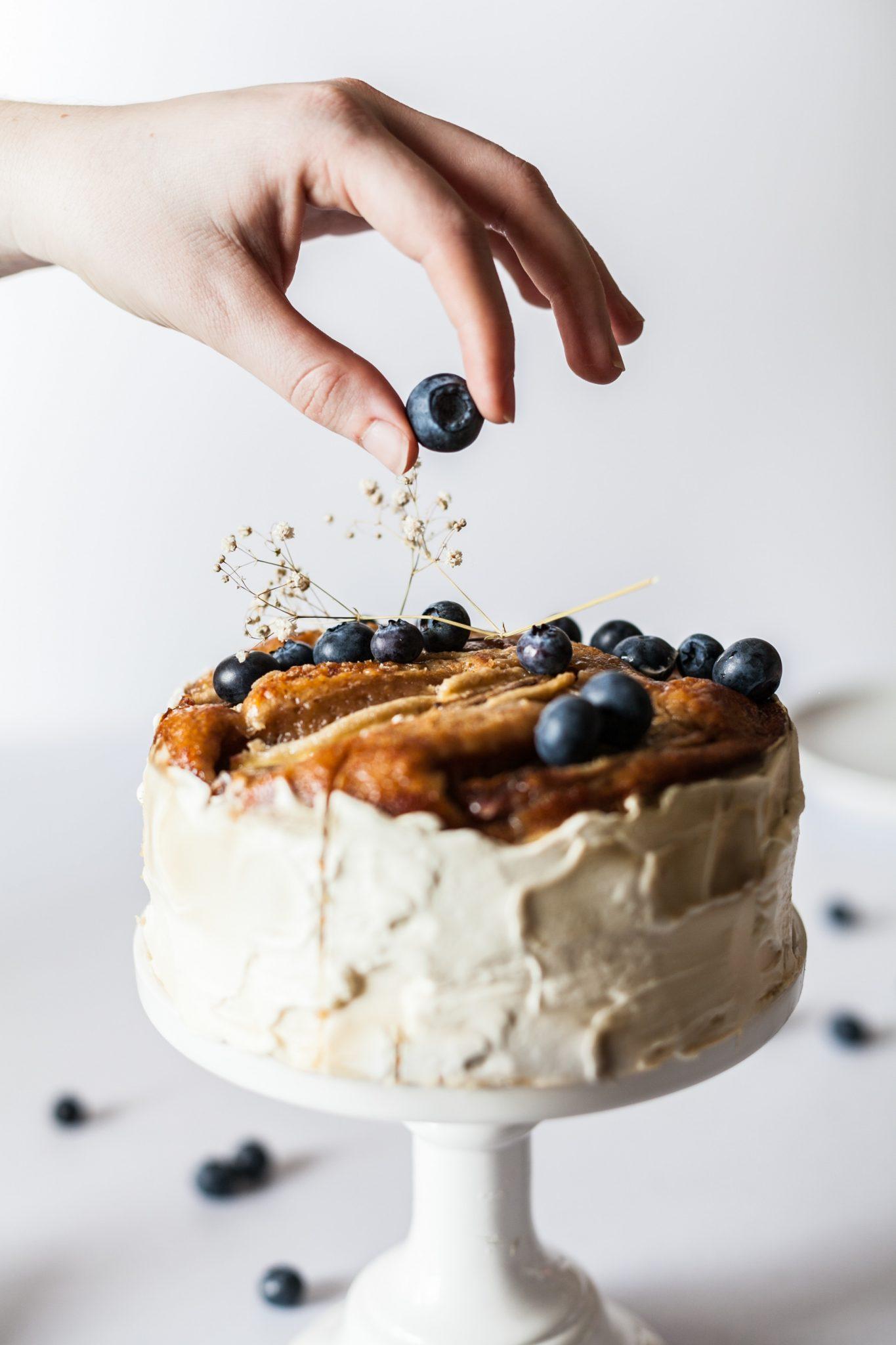 2018 Wedding Cake Trends in Eugene | Mac\'s Custom Catering